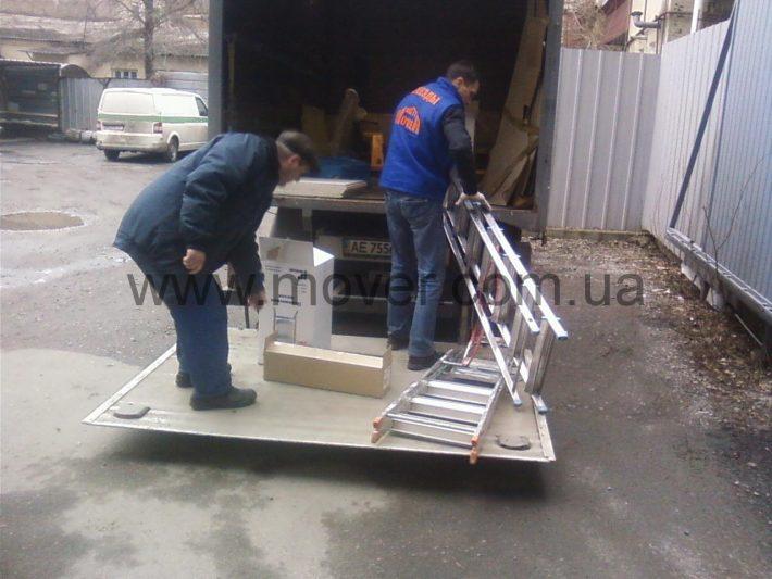 Перевозка ТМЦ, погрузка, выгрузка  и ремонт.