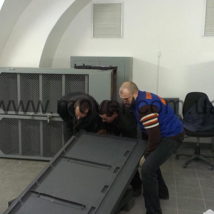 перевозка сейфов Днепропетровск